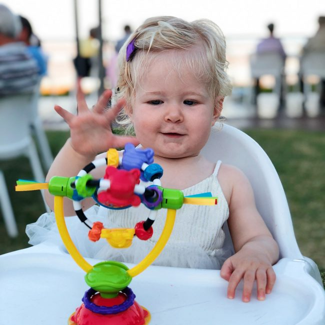 High-Chair-Spinning-Toy-2